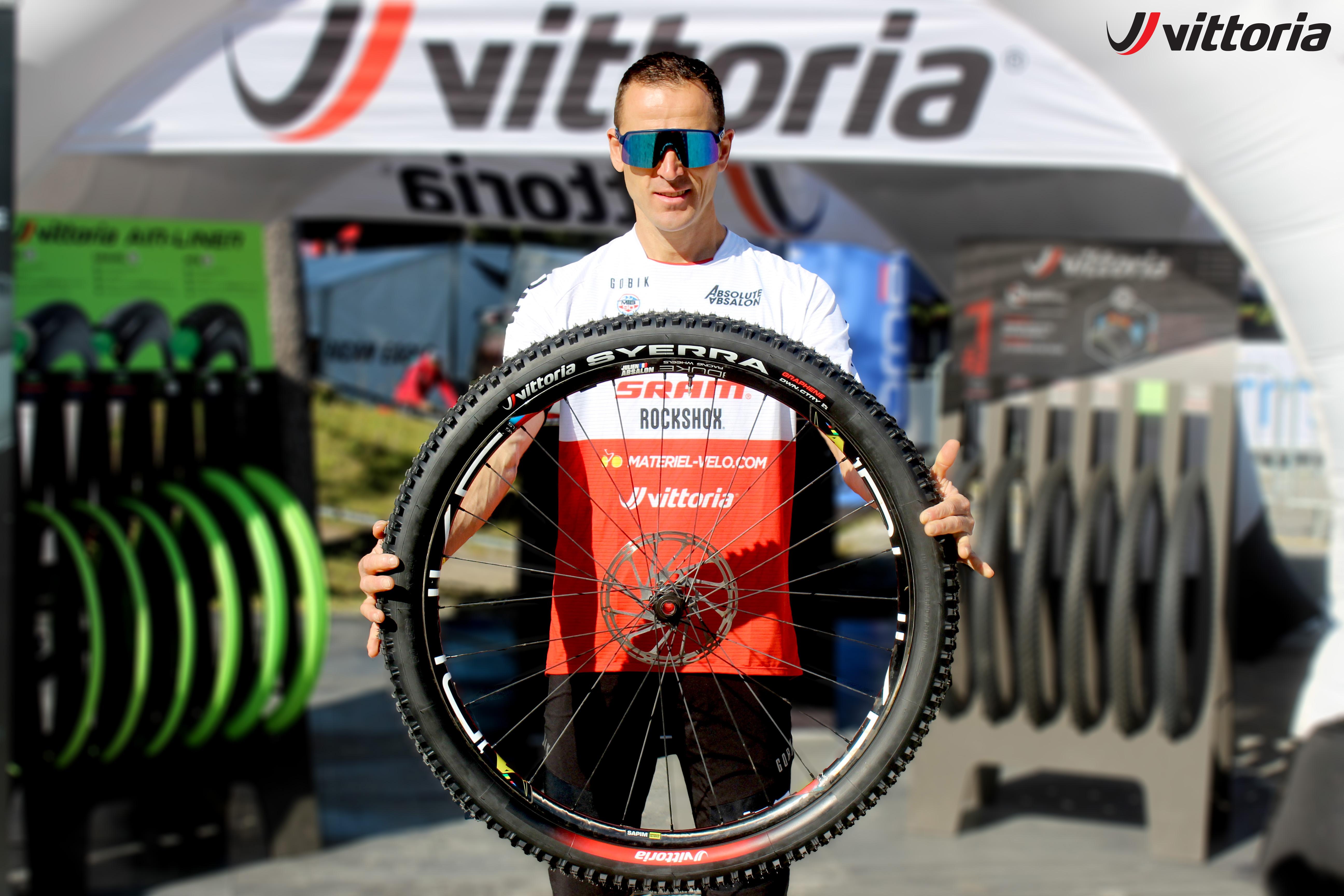 Julien Absalon with Syerra Tyre 02